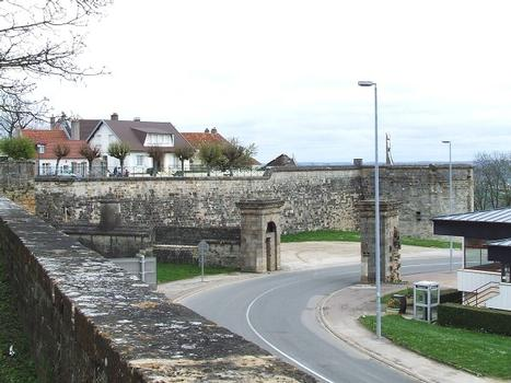 Langres: Fortifications