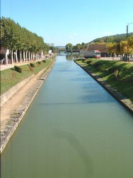 Le canal de Bourgogne à Montbard (21). (1828-1833)