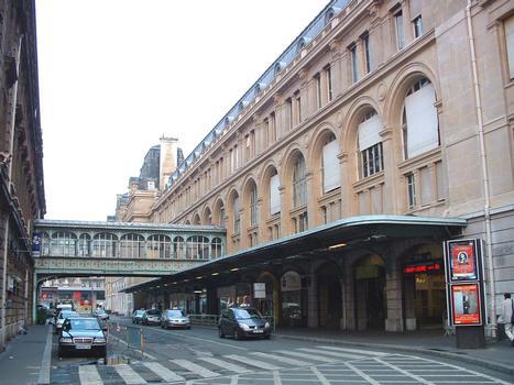 Paris VIIIème: Gare SNCF de Paris-St Lazare