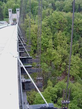 Charles-Albert-Brücke, Curseilles