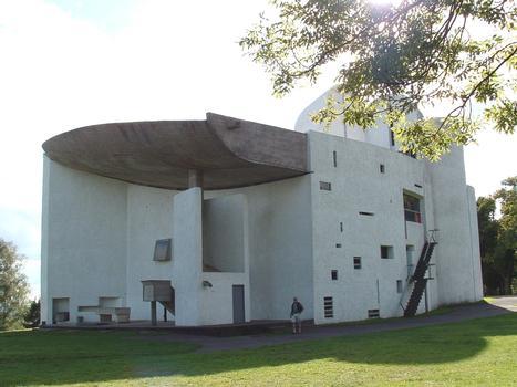 Notre-Dame-du-Haut, Ronchamps. Architecte: Le Corbusier