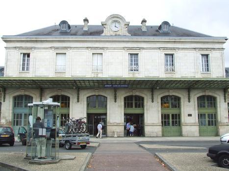 Bahnhof Saintes