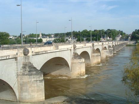 Pont Wilson à Tours (Indre et Loire / Centre)