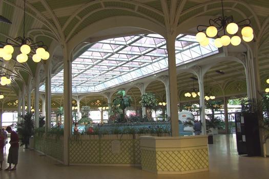 Vichy - Hall des Sources