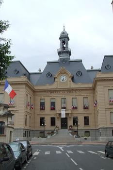 L'Hôtel de Ville de Villefranche-sur-Saône