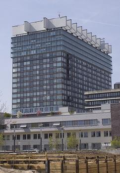 Uniklinik - Bettenhaus, Richtfest am 22.10.1971