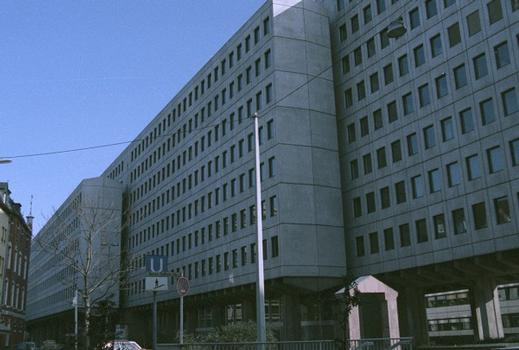 WDR Vierscheibenhaus, Köln vor Umbau-, Entkernungsende 2004