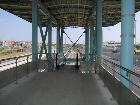 Station de métro Doukissis Plakentias