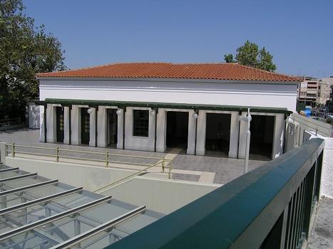 Metrobahnhof Thissio, Athen