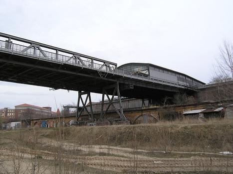 Gleisdreieck Metro Station