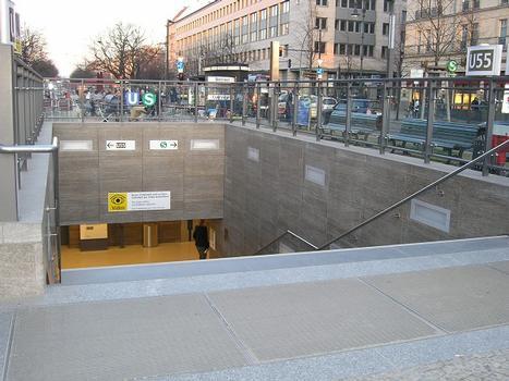 U-Bahnhof Brandenburger Tor, Berlin