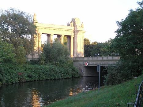 Charlottenburger Brücke, Berlin