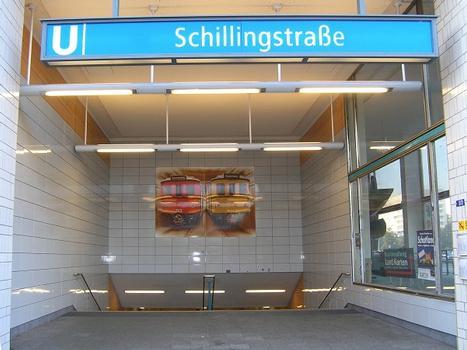 Station de métro Schillingstraße