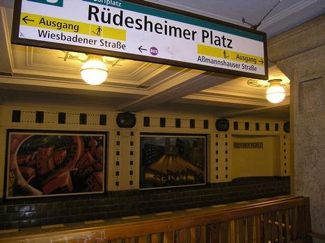 Rüdesheimer Platz Metro Station