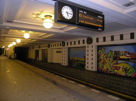 U-Bahnhof Rüdesheimer Platz, Berlin