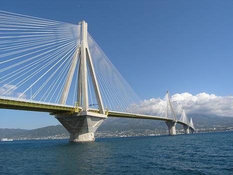 Rion-Antirion-Brücke, Griechenland