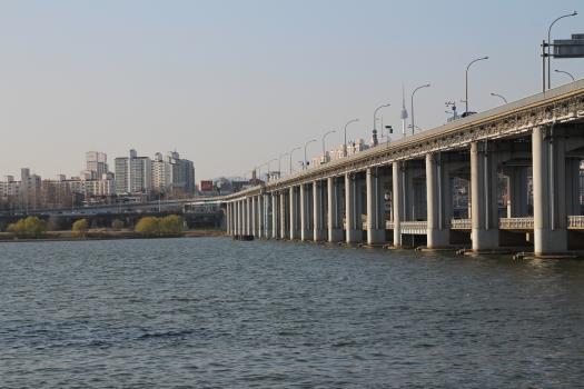 Banpo Grand Bridge