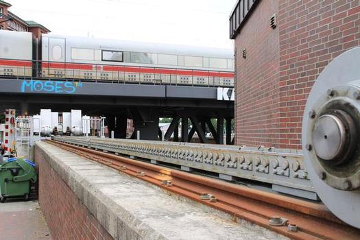Schiebetor Oberhafenbrücke - Hochwasserschutzanlage