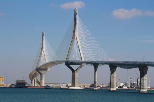 Deuxième pont sur la baie de Cadix