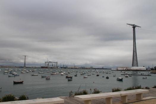 Hochspannungsmasten zur Insel Cadiz