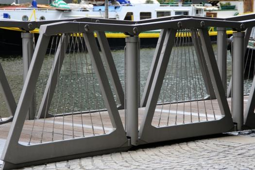 Rolling Bridge, Paddington-Basin, London