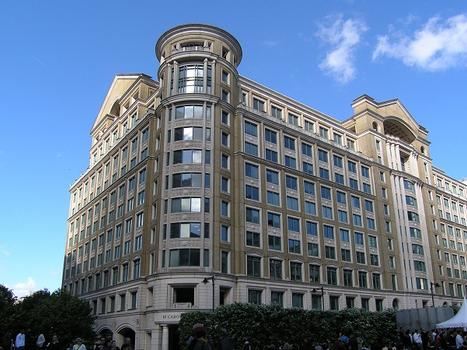 10 Cabot Square, London