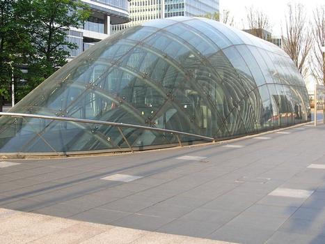 Jubilee Line – Canary Wharf Underground Station