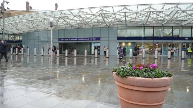 Bahnhof London King's Cross - Abfahrtshalle