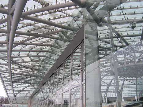 Red Bull Hangar-7, Salzburg-Airport