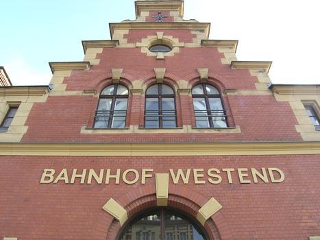 S-Bahnhof Westend, Berlin