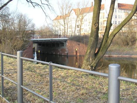 Kaiserin-Augusta-Brücke, Berlin