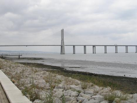 Vasco da Gama Bridge, Lisbon