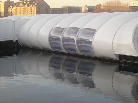 Badeschiff Spreebrücke, Arena Berlin-Treptow