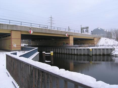 Charlottenburger Verbindungskanal - Bahnbrücke