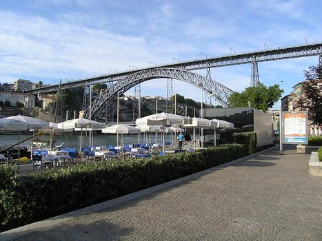 Ponte Dom Luís I, Porto, Portugal