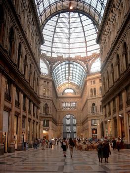 Galleria Umberto Primo, Neapel