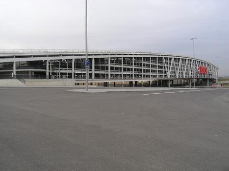Brückenparkhaus, Neue Messe Stuttgart