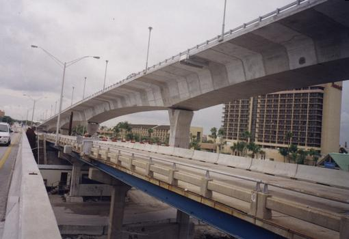 17th Street Causeway Bridge, under construction