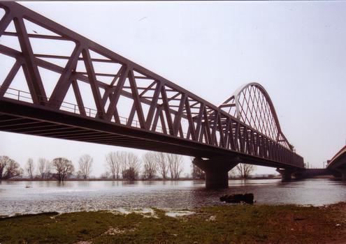 Eisenbahnbrücke Wittenberg über die Elbe