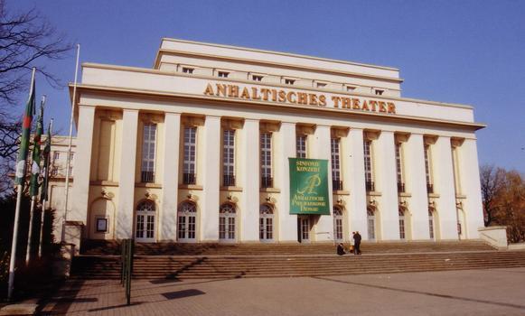 Anhaltisches Teather, Dessau