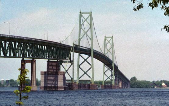 Ogdensburg Prescott International Bridge