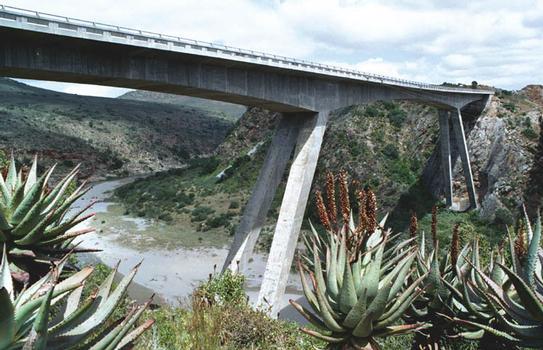 Gouritzbrücke Mosel-Bay