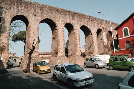 Alexandrina-Aquädukt