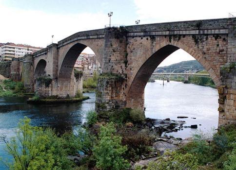 Puente Mayor de Orense (Ponte Vella)