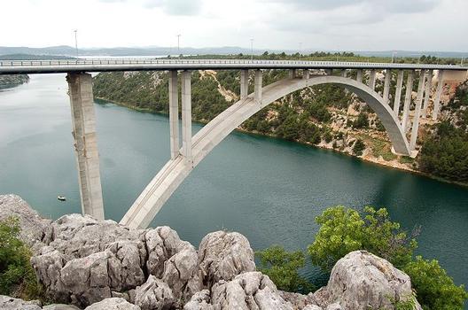 Pont sur la Krka