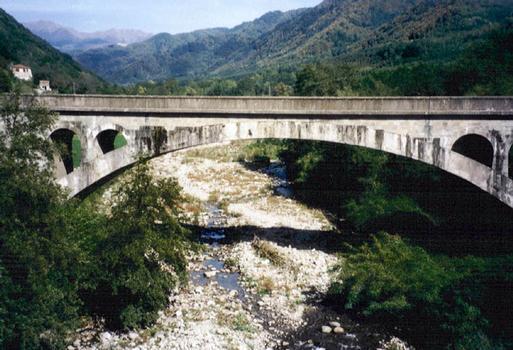Eisenbahnbrücke Fegana
