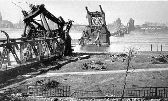 Admiral-Scheer-Brücke © Medienzentrum Rheinland; Nutzung mit freundlicher Genehmigung