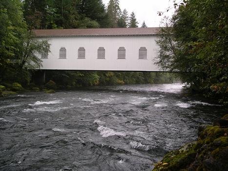 Belknap Covered Bridge Lane County Oregon, USA
