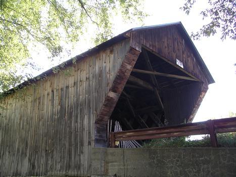 Hammond Covered Bridge Otter Creek Pittsford, Vermont USA