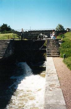 L'écluse triple de Chavance, n°4-5-6 du versant loire du Canal du Niveranais